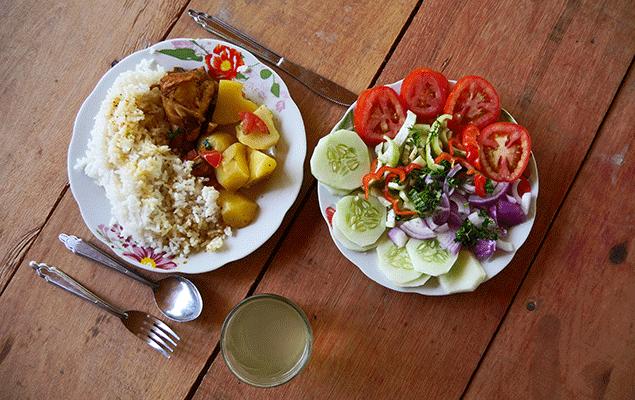 Authentisches Essen im Urwald